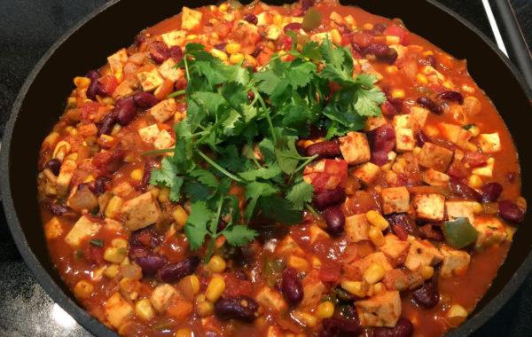 Chili végétarien au tofu et tous pleins de légumes