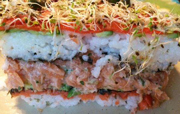 Gâteau sushi parfait de duo de saumon et avocat